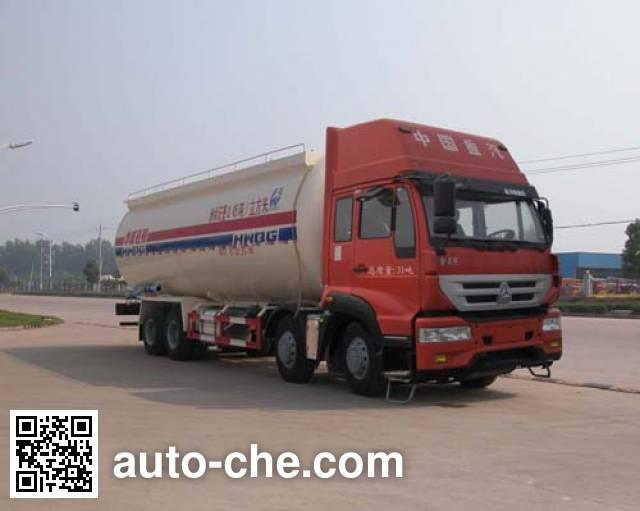 Автоцистерна для порошковых грузов низкой плотности Sinotruk Huawin SGZ5311GFLZZ4J